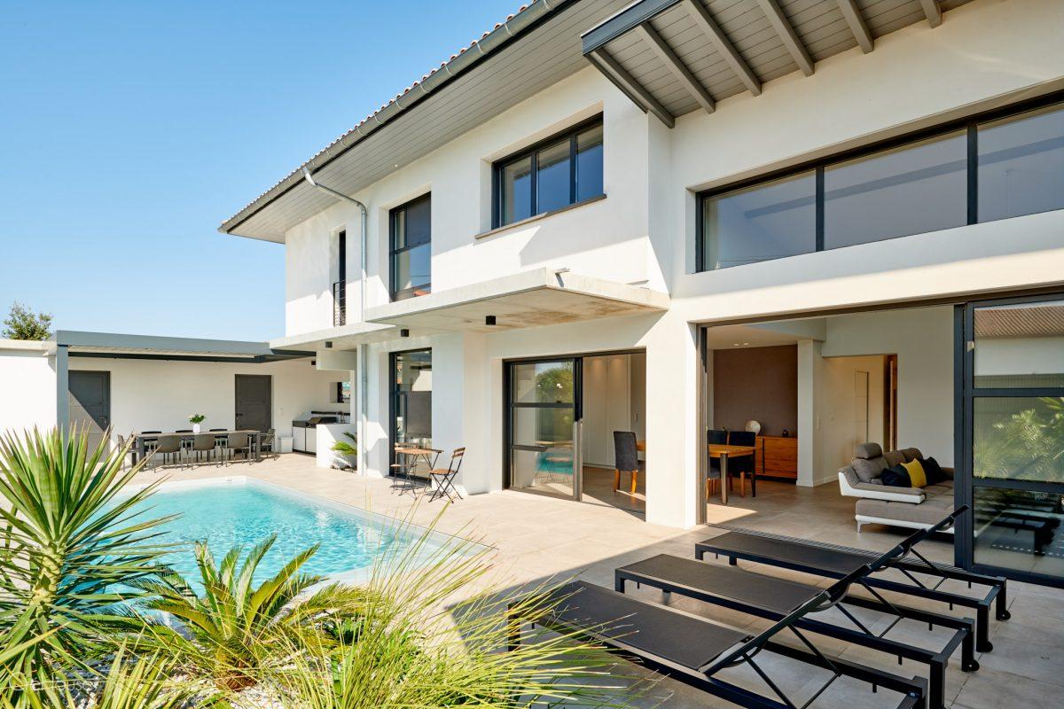 Agence cr house cr ation d 39 une maison individuelle avec for Agence logement