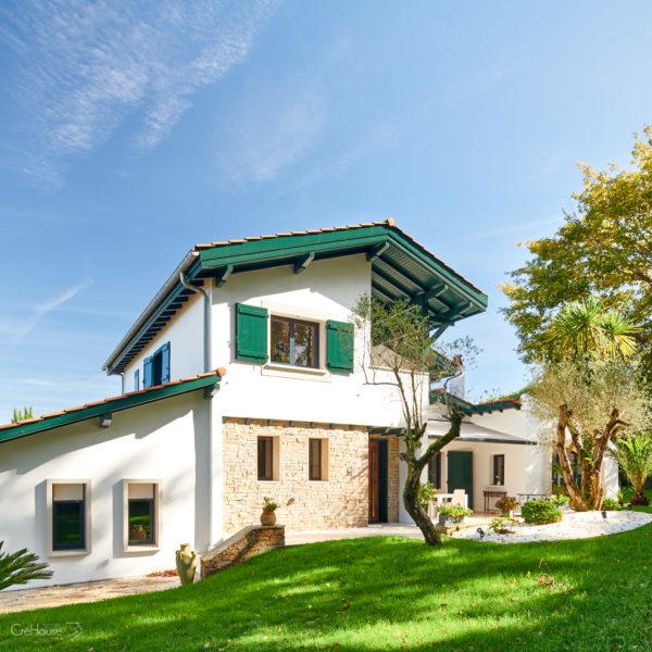 Rénovation extérieure d'une maison à Lahonce au Pays Basque